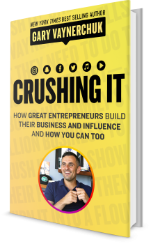 Book cover image: Crushing It!: How Great Entrepreneurs Build Their Business and Influence-and How You Can, Too   #1 New York Times Bestseller   #1 Wall Street Journal Bestseller   International Bestseller